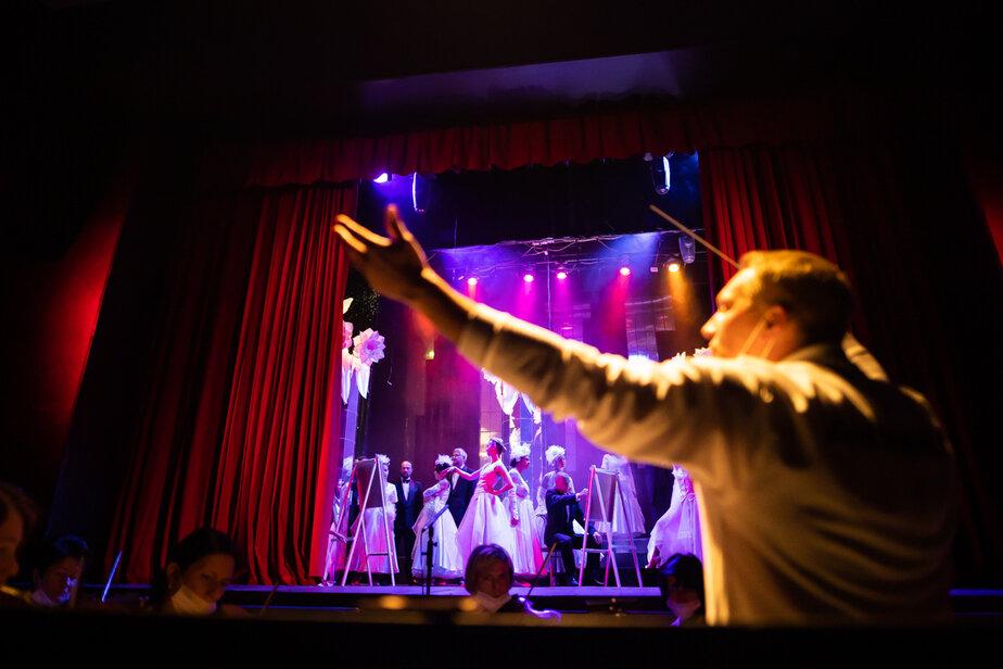 Курьёзные сцены из жизни гондольеров: в Калининграде покажут гала-шоу «Однажды в Венеции» - Новости Калининграда   Фото: Архив «Клопс»