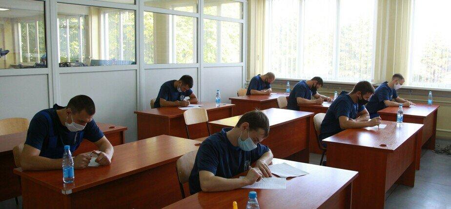На «Автоторе» ведётся подготовка новых работников в связи с планируемым увеличением рабочих мест - Новости Калининграда