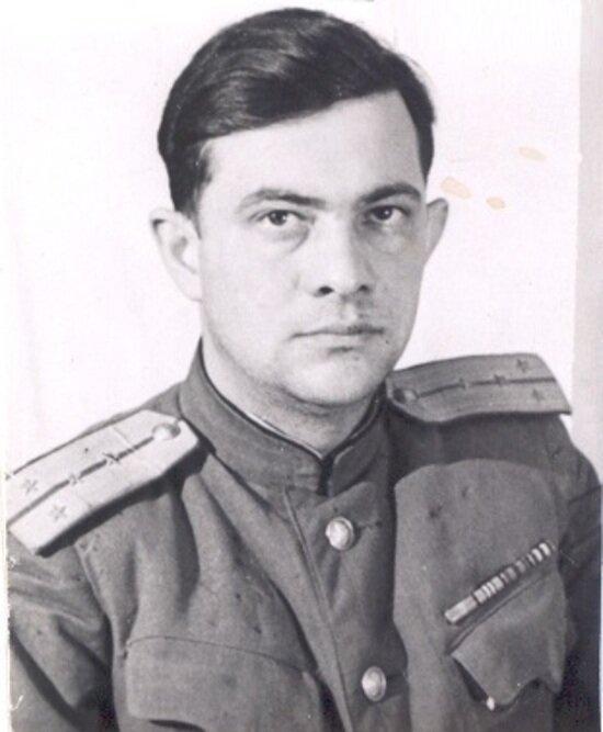 Капитан Э. Генкин | Фото: фонд «Холокост»