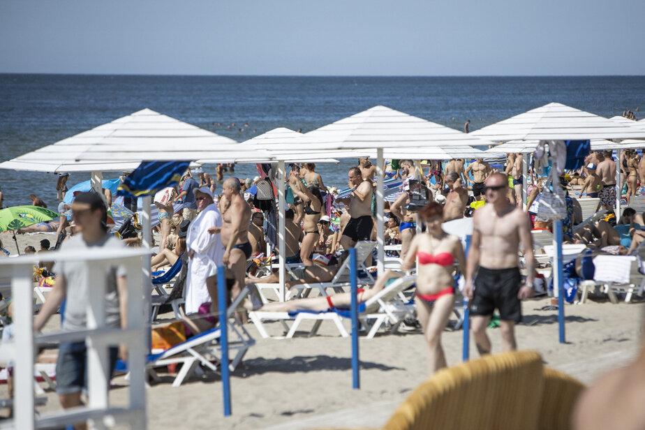 В Янтарном с июля подорожают пляжные лежаки - Новости Калининграда | Фото: Архив «Клопс»