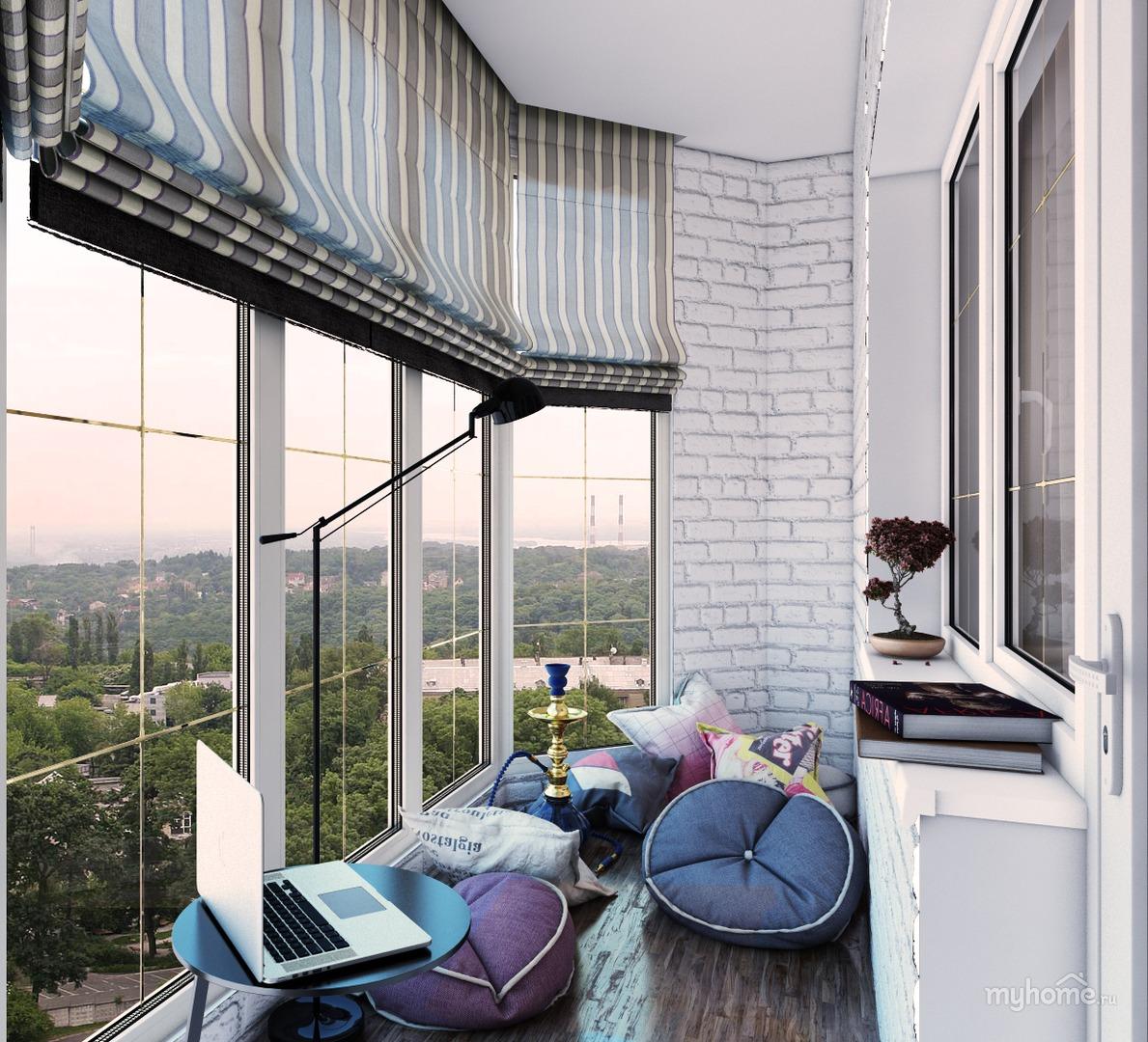 Панорамное окно на балкон..